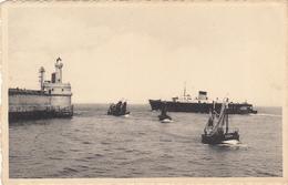 BELGIUM - Zeebrugge - Trafic Marin Au Bout Du Mole - Ship & Boats - Zeebrugge