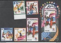BOTSWANA , 2017, MNH, SPORTS, WOMEN'S NETBALL, NETBALL WORLD YOUTH CUP, 5v+S/SHEET - Timbres