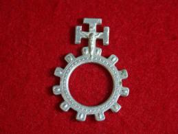 Religion - Dizainier Scout Aluminium, Avec Christ En Croix - Religion & Esotérisme