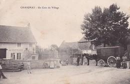 Chaignay - Un Coin Du Village Avec Marchand Ambulant Côte D'Or 21 - Otros Municipios