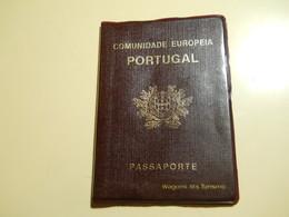 Passeport * Portugal * Comunidade Europeia * 1990-2000 - Titres De Transport