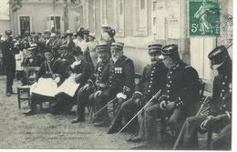 DPT 49 Le LION D'ANGERS 6 Juin 1909 Réunion Cantonale Des Sapeurs Pompiers Les Invités Pendant La Manoeuvre CPA TBE Rare - France