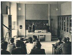 (ORL 444) France - Ecole Sainte Croix D'Orléans - Laboratoire De Physique - Scuole