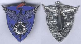 Insigne De L'Entrepôt De L'Armée De L'Air N° 605 - Armée De L'air