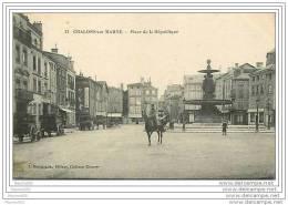 51 CJHALONS SUR MARNES PLACE DE LA REPUBLIQUE  -  VOIR LES SCANS POUR PLUS DE RENSEIGNEMENTS BELLES PHOTOS - Châlons-sur-Marne