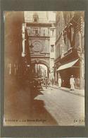 ROUEN (seine  Maritime) - La Grosse Horloge,dans Les Années 20 ( Photo Format 11,6cm X 8,2cm). - Lieux