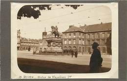 ROUEN (seine  Maritime) - Statue De  Napoléon 1er ,dans Les Années 20 ( Photo Format 11,7cm X 8,4 Cm). - Lieux
