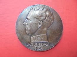 BELGIQUE 1936-1937 Léopold III TRES BELLE EFFIGIE (147 Grammes-70mm) - Professionals / Firms