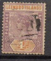 LEEWARD ( POSTE ) : N° Y&T  4  TIMBRE  BIEN  OBLITERE  . - Leeward  Islands