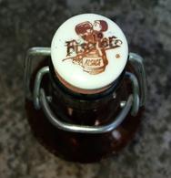 Ancienne Bouteille Biere Fischer D'Alsace 66 Cl Ancien Bouchon Porcelaine Excellent état Voir Photos - Bière