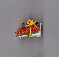 Pin's Logo Magazine Pin's Up (doré Signé Winner) - Medias