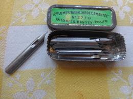 1 Boite Pleine De 11 Plumes - Babillarde Cementee N°2770 Gilbert Et Blanzy Poure - Pens