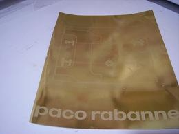 PUBLICITE AFFICHE PARFUM METAL DE PACO RABANNE 1980 - Perfume & Beauty