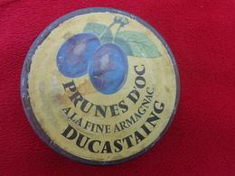 Couvercle D'un Bocal -prunes D'or A La Fine Armagnac Ducastaing- Diametre 9.6cm Environ - Publicité