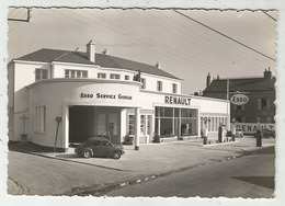 Montargis (45 - Loiret)  Agence Renault - Garage - Esso Pompes à Essence - 4 CV - Montargis
