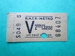 "ANCIEN TICKET RATP Métro PARIS "" V "" - 1958 - 2° Classe - TBE - Subway"