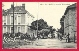 CPA Brézins - Avenue De La Gare - Altri Comuni