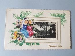 Ref 5755 CPA Carte Photo. Bonne Fête Viet Nam. Musée, Habitations, Découpis - Viêt-Nam