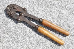 Militaria Français WW1 WW2 - Cisaille Portative à Main - Armée Française - 14/18 - France 1940 - Equipment