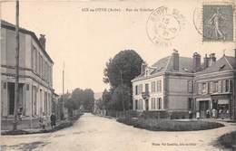 10-AIX-EN-OTHE- RUE DU BOUCHOT - France
