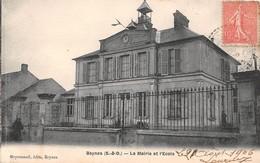 BEYNES - La Mairie Et L'Ecole - Beynes