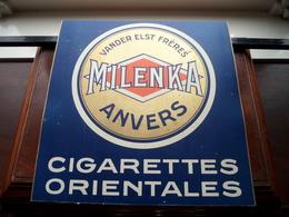 """"""" MILENKA """" VANDER ELST Frères Anvers CIGARETTES ORIENTALES ( Bijgesneden / Achterzijde Foto ) 26,5 X 27 Cm.! - Unclassified"""