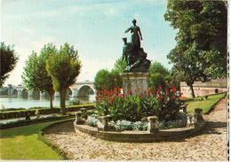 82 - MOISSAC - MONUMENT AUX MORTS - Moissac