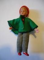 Puppenstuben Biege-Puppe - Junge Mit Pudelmütze Und Poncho (627) - Puppen