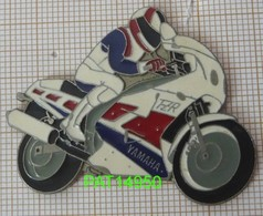 MOTO YAMAHA FZR 1000 - Motorbikes