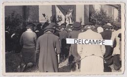 BONSECOURS 1942 - Photo Originale D'une Messe En Plein Air Au Château Par L'abbé Delahayé ( Seine Maritime ) - Places