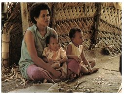 (515)  Fiji Mum And Child - Posted With TONGA Stamps At Back Of Card - Fiji