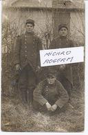 Carte-photo De 3 MILITAIRES Du 35ème D'infanterie - CIGARETTE - 220918 - Guerre 1914-18