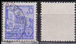 Berlin Stalinallee Sporthalle 35 Pf  Fünfjahrplan(I) DDR 374 Bedarfsgestempelt - [6] Repubblica Democratica