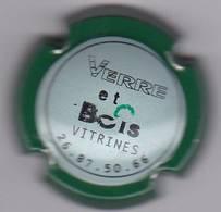 COMMEMORATIVE VERRERIE ET BOIS VITRINES - Champagne