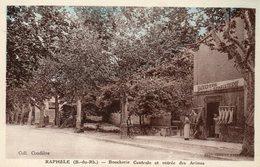 CPA - RAPHELE (13) - Aspect De La Boucherie Centrale Et L'entrée Des Arènes Dans Les Années 30 - France