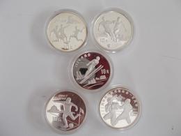 China - Volksrepublik: Eine Sammlung Von 5 Silber Gedenkmünzen A 10 Yuan Zum Thema Sport 1992-1994, - China
