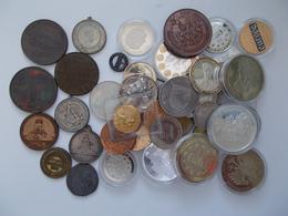 Medaillen Alle Welt: Fast 50 Unterschiedliche Medaillen, Dabei Alte Medaillen Wie: 1923 - Ulmer Müns - Tokens & Medals