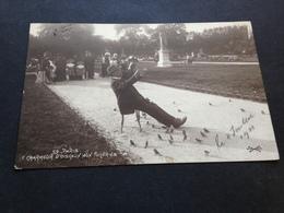 LE CHARMEUR D`OISEAUX AUX TUILLERIES - PARIS - 1911 - Persönlichkeiten