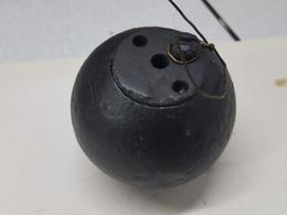 Grenade Boule N° 15  Anglaise Ww1 (neutralisée) - Armes Neutralisées
