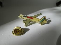 PIN'S  Avion Air Inter - Airplanes