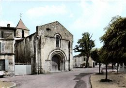 1 Cpsm Burie - L'église Et La Place - Frankreich