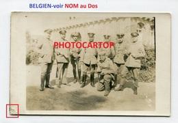 NON SITUEE-NOM Au DOS-Devant ECOLE-CARTE PHOTO Allemande-Guerre 14-18-1WK-Militaria-BELGIEN- - Non Classés