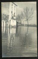 44 CPA - ANCENIS - CARTE-PHOTO  -  INONDATIONS 1910 - QUAI DE LA MARINE (EXTREMITE) - ANIMATION - Ancenis