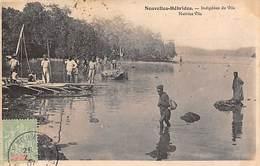 Nouvelles Hébrides     Océanie   :  Indigènes De Vila    (voir Scan) - Cartes Postales