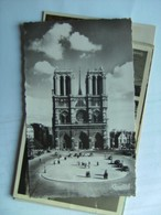 Frankrijk France Frankreich Parijs Paris LNotre Dame Et La Place Du Parvis - Notre-Dame De Paris