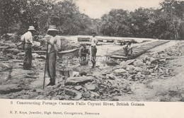 British Guiana  Constructing Portage Camaria Falls  Bg328 - Autres