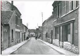 78 - Bonnières : Rue Raymond Pochon - Bonnieres Sur Seine