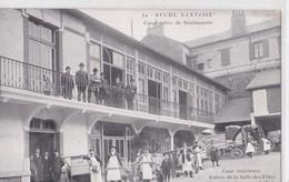 Carte 1905 NANTES / LA RUCHE NANTAISE / COOPERATIVE DE BOULANGERIE / DEPART DES PORTEURS DE PAIN - Nantes