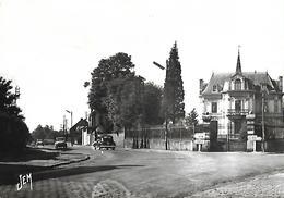 """LOUVROIL Nord Route D'Avesne  Flamme """"Au Clair De Lune à MAUBEUGE"""" Voitures 2 Cv - Voitures De Tourisme"""