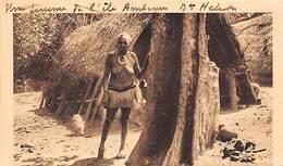 Nouvelles Hébrides     Océanie   :   Femme Seins Nus De L'Ile Ambrym     (voir Scan) - Vanuatu